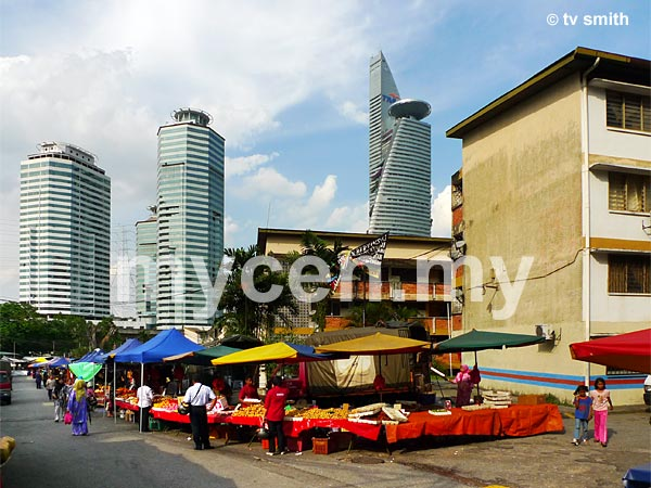 Kampung Kerinchi Pasar Malam