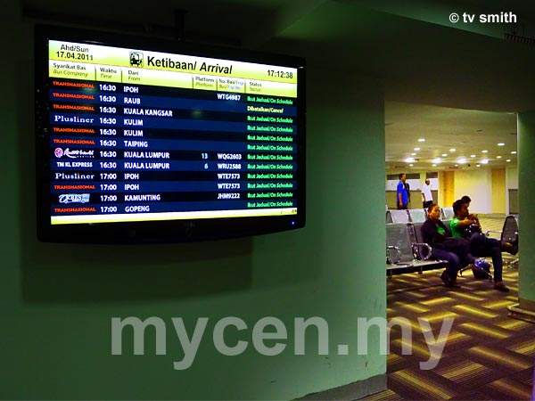 Pudu Sentral - Info Screen At Waiting Area