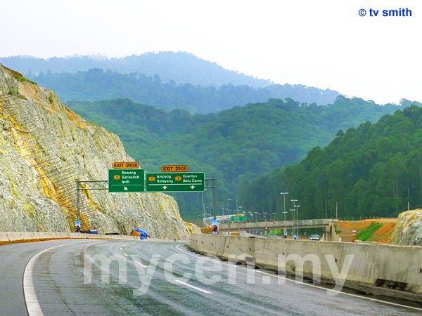 KL-Kuala Selangor Expressway - LATAR