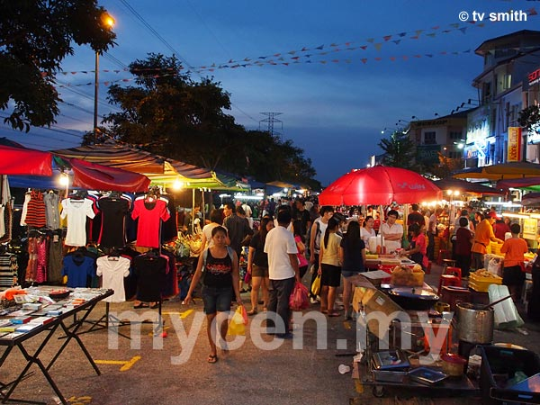 Setia Alam Pasar Malam - World's Longest Pasar Malam?
