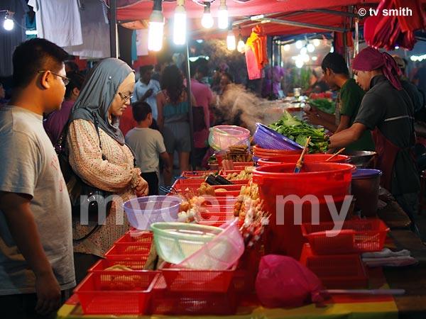 Setia Alam Pasar Malam  on every Saturday evening