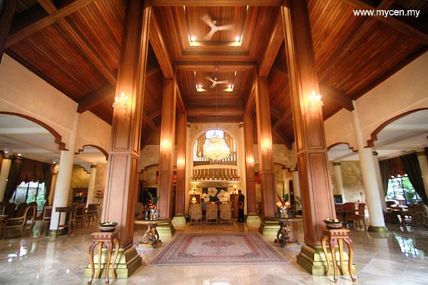 Saraswati Borobudur Hotel Lobby