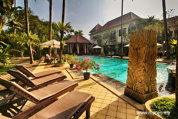 Saraswati Borobudur Hotel Pool