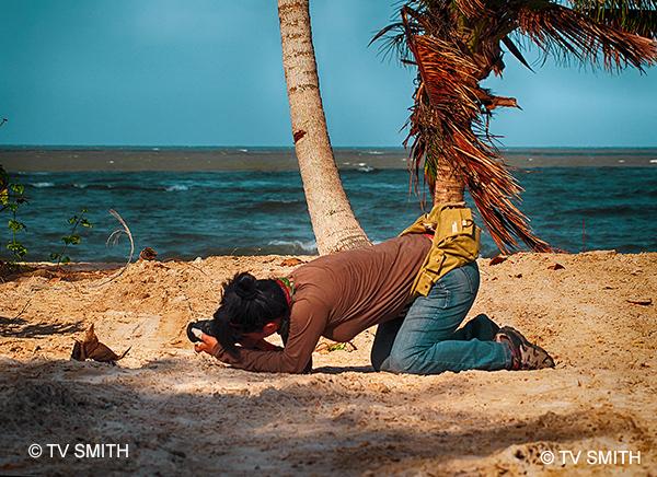 My JB friend Sharon Teo pursuing macro photography on Desaru beach.