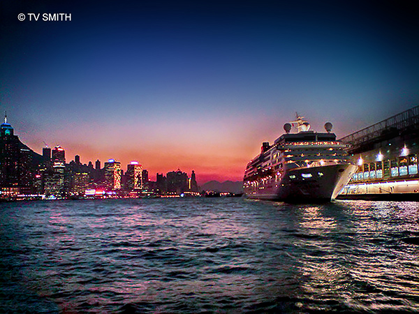 Hong Kong Hotel Deals Finder